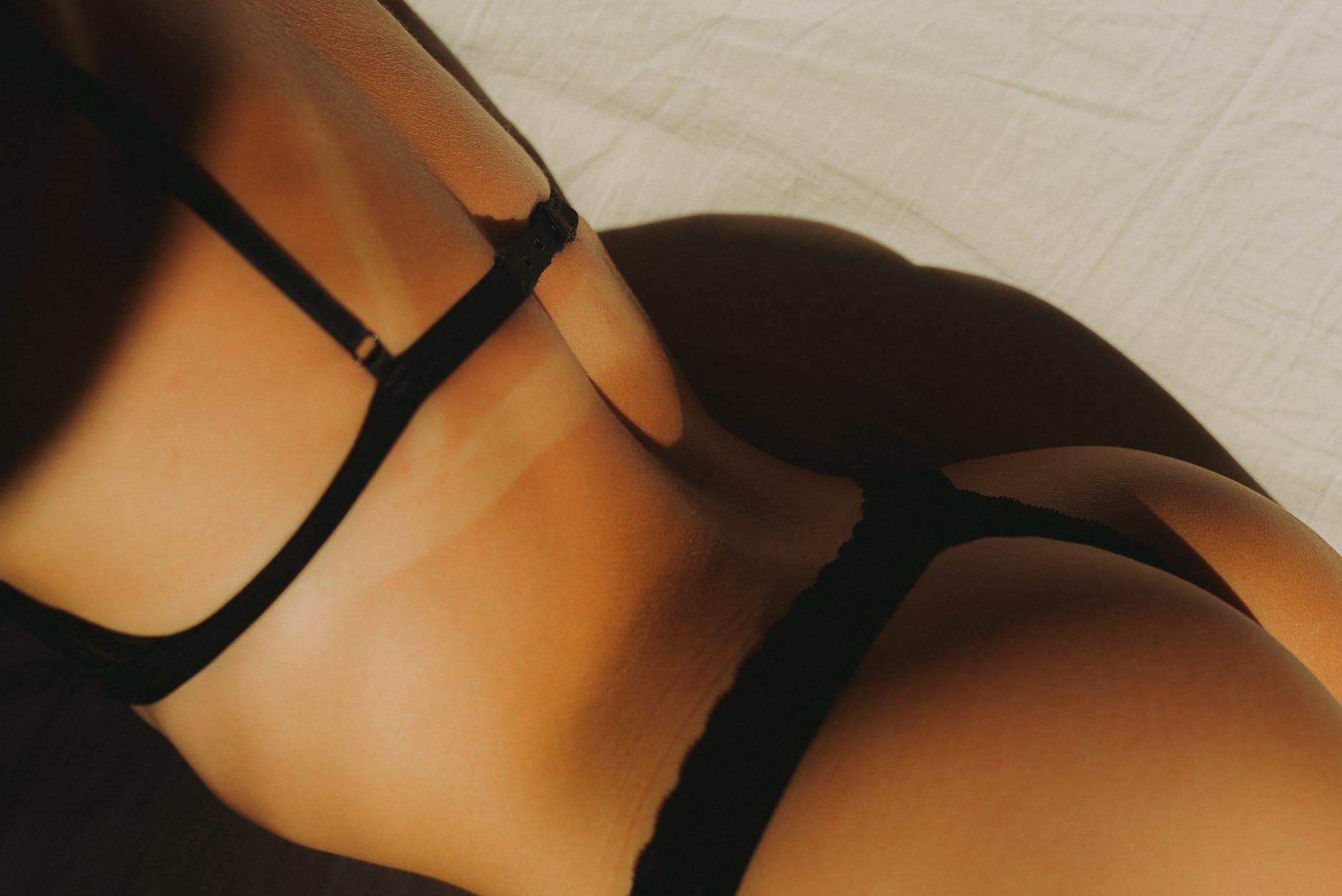 ženské telo, erotika