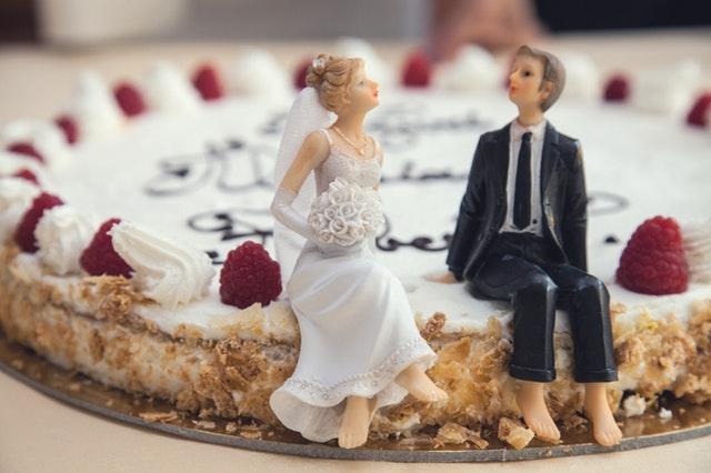 svadobná torta.jpg