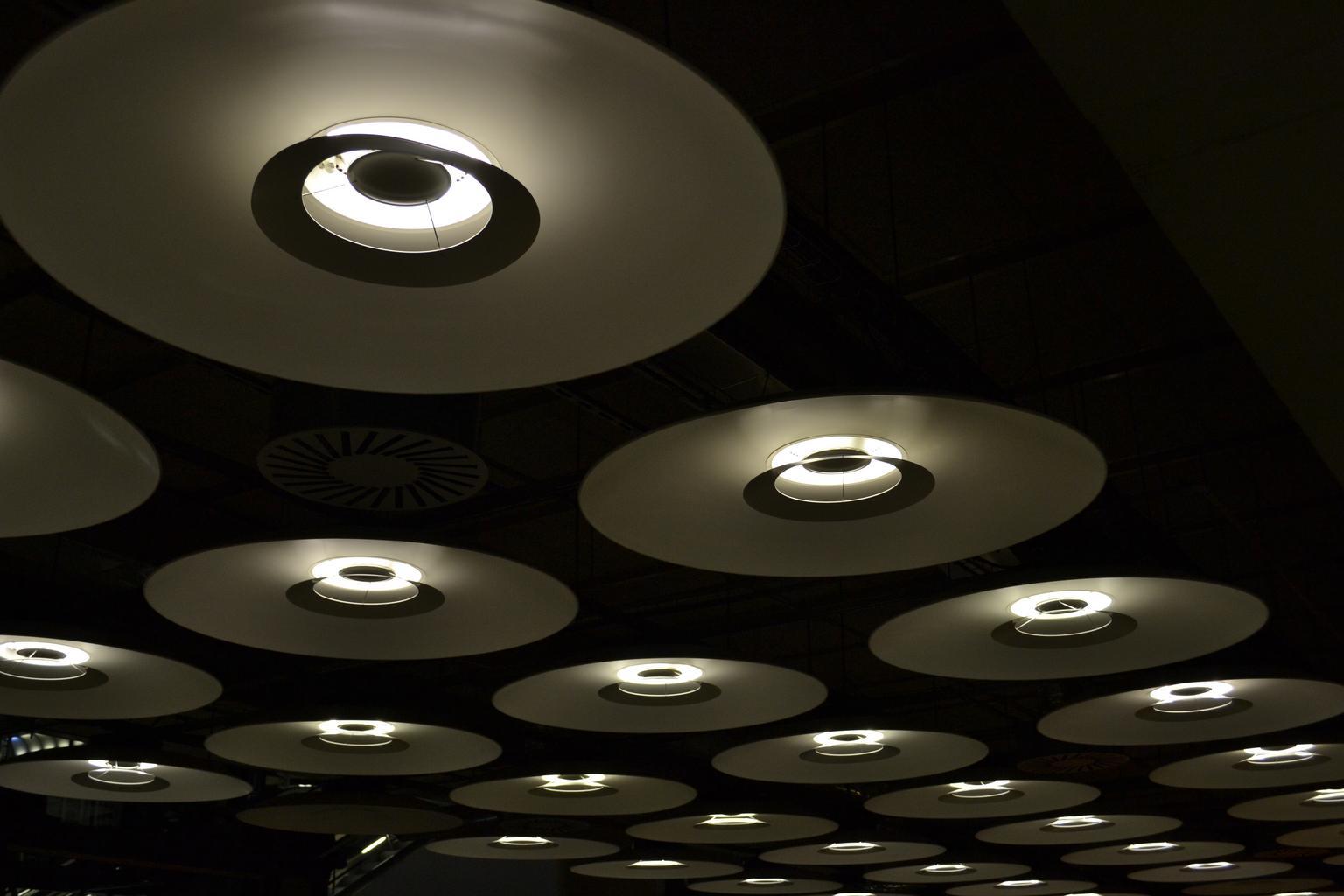 stropné svietidlá